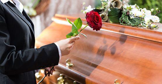 Cum se procedează dacă un membru al familiei moare în străinătate?